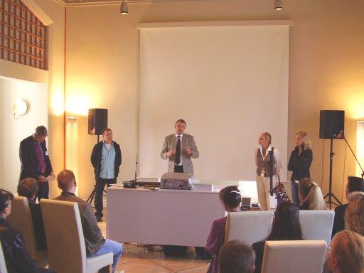 Auf dem Existenzgründerforum der IHK zu Kiel steht die C4 Energie AG Rede und Antwort.